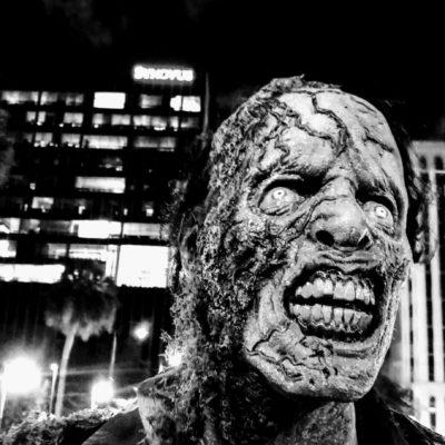 zombie1-4.jpg