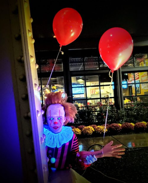 Glowing Eyes Pennywise