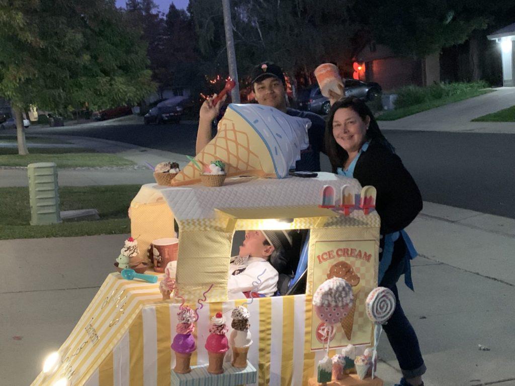 Brady's ice cream truck and lollipops