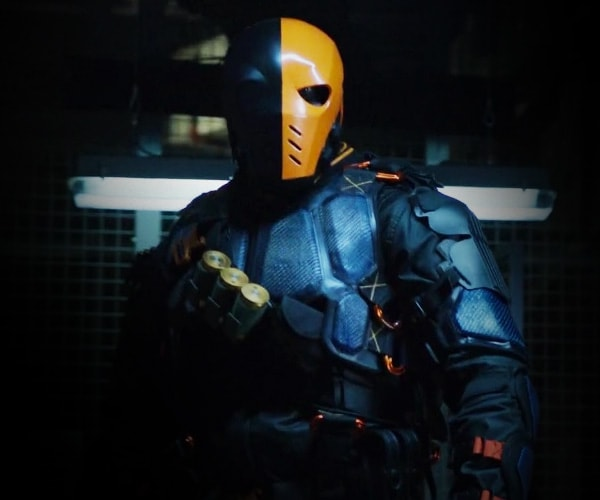 This makes Deathstroke without a doubt one of the most awesome and terrifying villains of all time. & Dress Like Deathstroke Costume | Halloween and Cosplay Guides