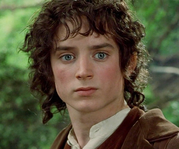 dress like frodo baggins costume halloween and cosplay guides